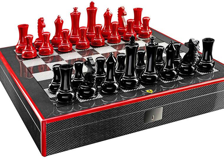 Ferrari-Schachbrett aus Carbon ferrari_chessboard_01