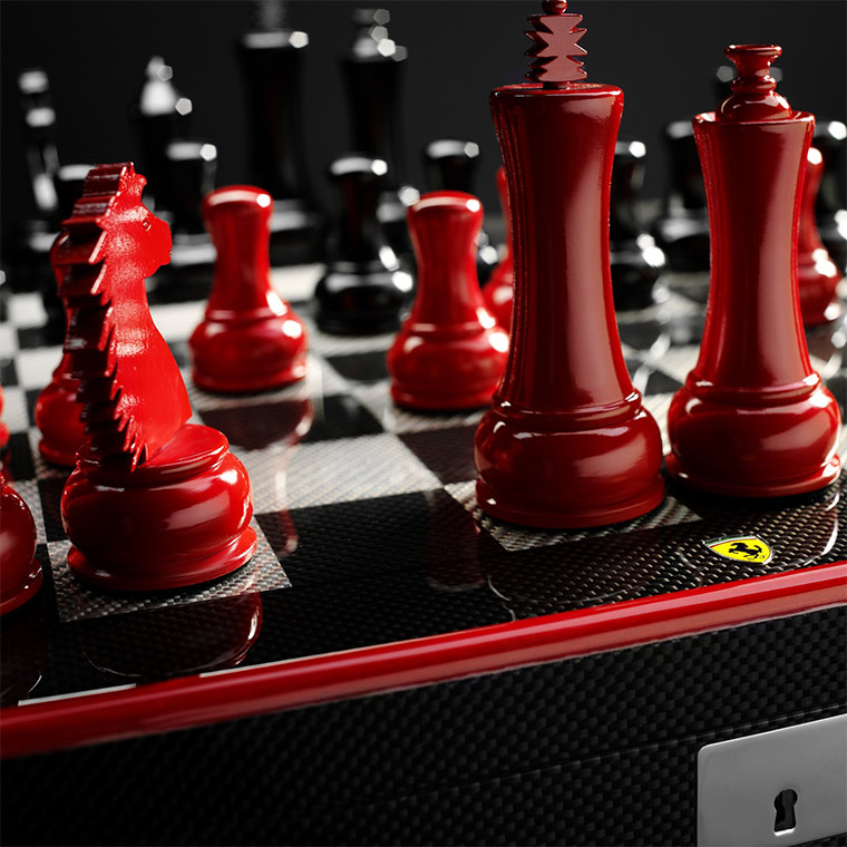 Ferrari-Schachbrett aus Carbon ferrari_chessboard_02