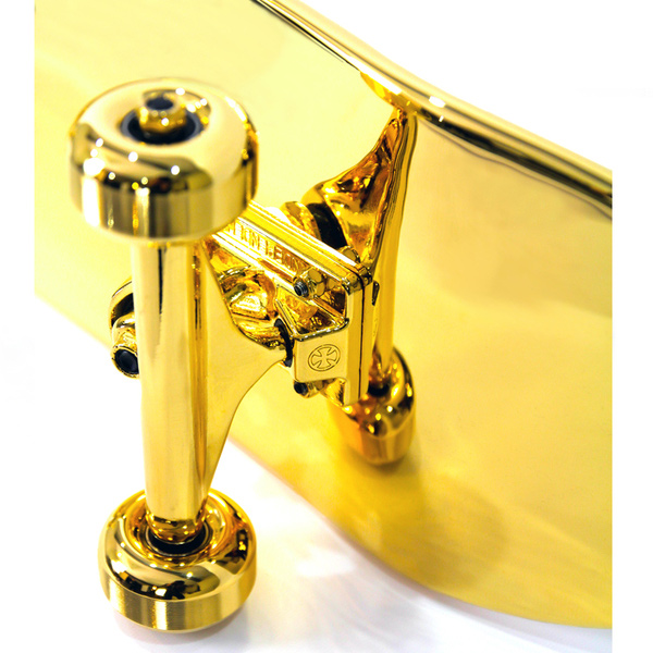 Skateboard aus purem Gold golden_Skateboard_02