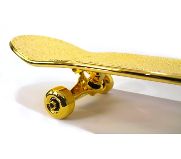 Skateboard aus purem Gold golden_Skateboard_04