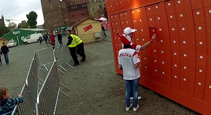 EM: Überraschung in polnischen Spinden EM_locker_surprise