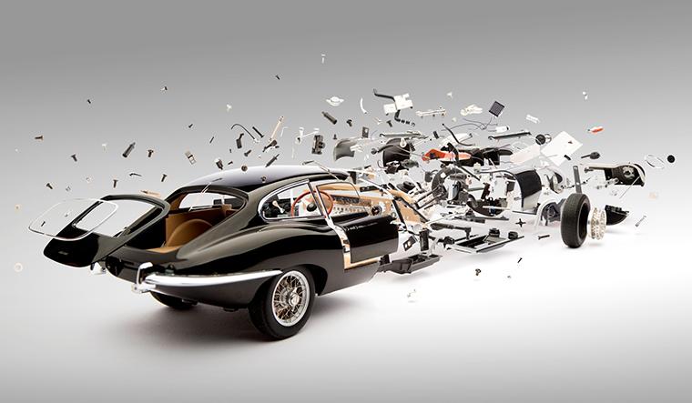 Fotografie: explodierende Autos Disintegrating_02