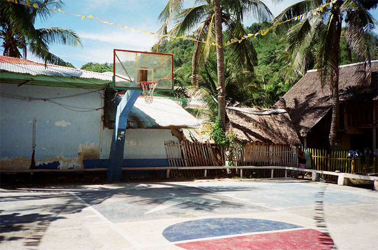 Fotoreihe: verwahrloste Basketballkörbe neglected_hoops_01