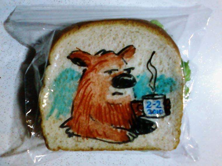 Vater bemalt täglich Sandwichtüten der Kinder dads_sandwich-bags_04