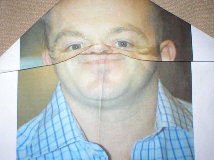 Ross Kemp hat Falten im Gesicht Kemp_Fold_01