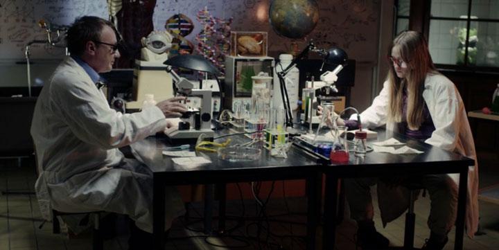 unkonventionelles Kometeneinschlagsvermeidungsmanöver OFFF_title2012_SHE_03