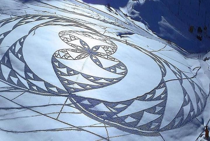 Geometrische Schneemusterkunst Simon_Beck_08