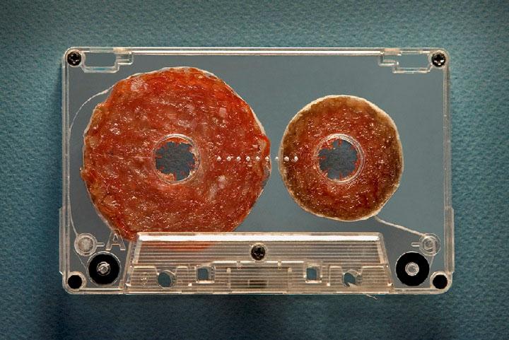 Salami-Tape & Co. - Lebensmittelskulpturen Dan_Cretu_01