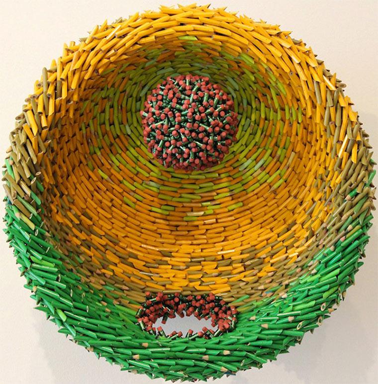 Buntstiftskulpturen Federico_Uribe_05