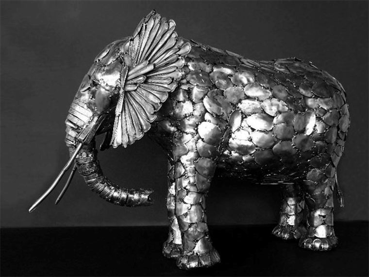 Tierskulpturen aus Besteck Gary_Hovey_01