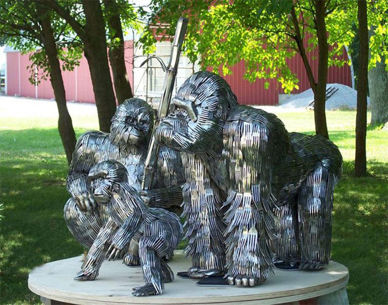 Tierskulpturen aus Besteck Gary_Hovey_06