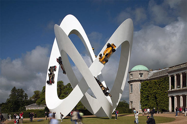Gigantische Auto-Skulpturen Gerry_Judah_05