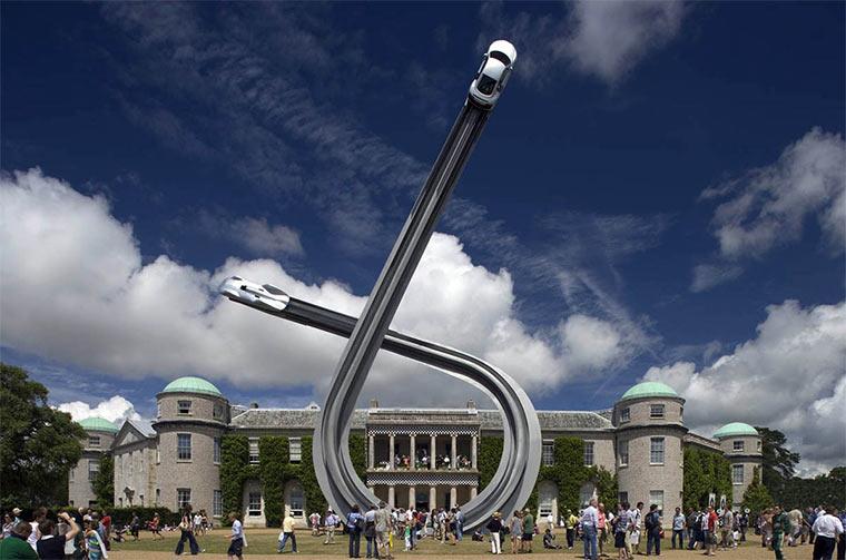 Gigantische Auto-Skulpturen Gerry_Judah_08