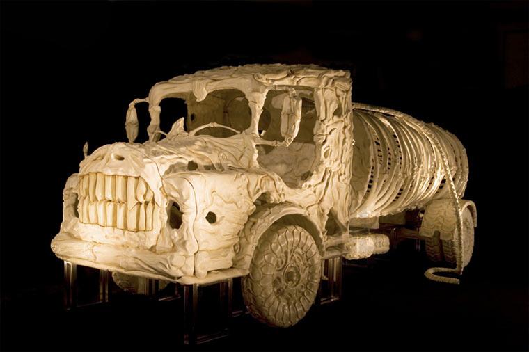 Fahrzeuge aus Knochen