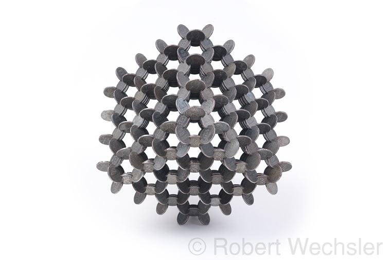geometrische Skulpturen aus Münzen Robert_Wechsler_02
