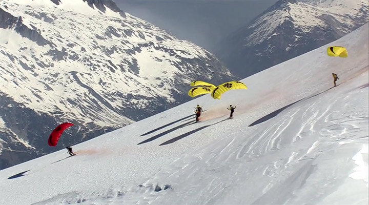 Alpengipfel-Abfahrtflug Speed_riding_montblanc