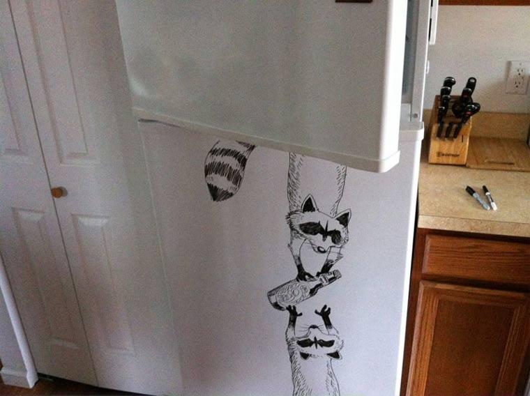 Zeichnungen auf Kühlschränken: Charlie Layton Charlie_Layton_04