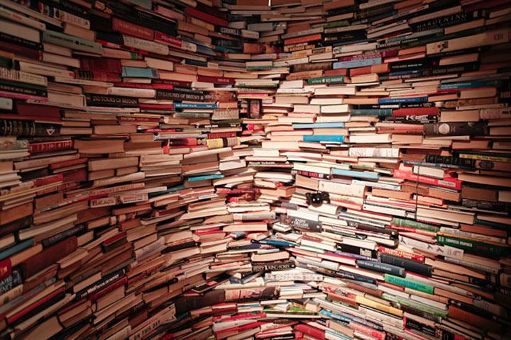 Labyrinth aus 250.000 Büchern aMAZEme_03
