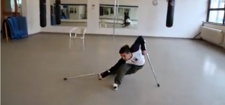 Krückentanz crutch_dance