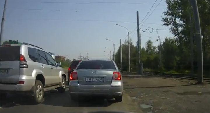 Autofahrerarsch vs. Sturrkopf und die Rache driver_takes_revenge