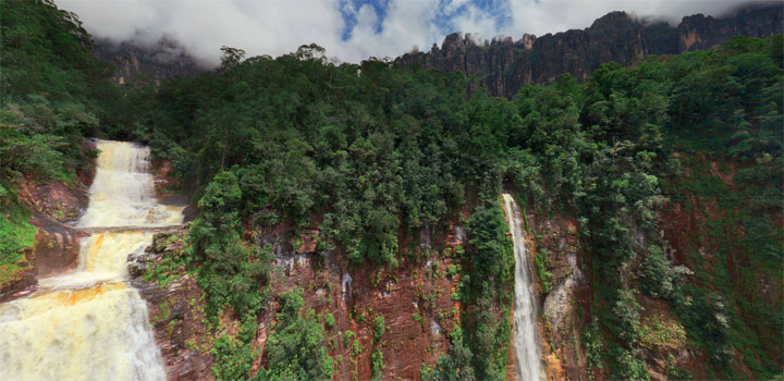 Interaktiv: 360°-Panorama der Angel Falls