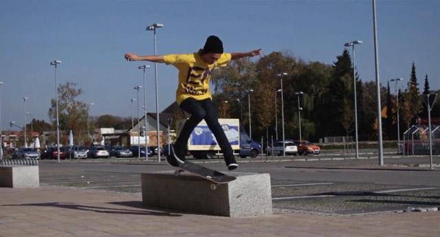 38 Min. Skateboarding galore: Wait For It
