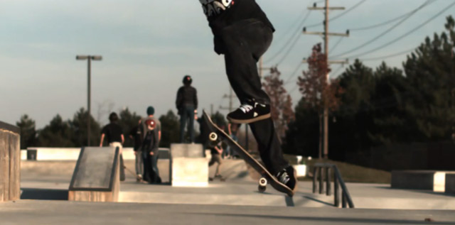 720° Double Kickflip in Super-Slowmotion 720_doublekickflip_slowmo