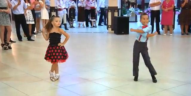 Ein Video mit tanzenden Kindern kids_dance