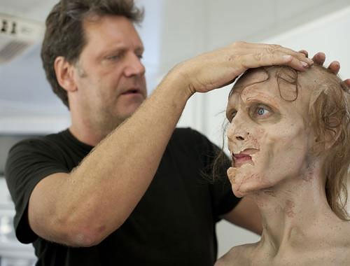 Making a Zombie: The Walking Dead Make-Up Team making_a_zombie_05