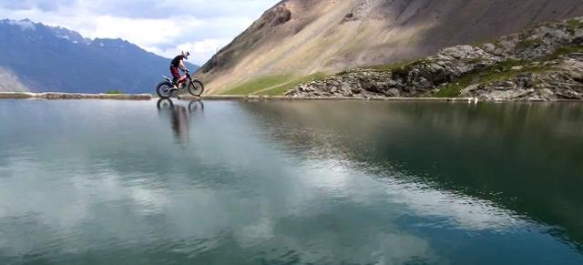 Cool: Trial Freestyle über die französischen Alpen the_paramont_ride_trial