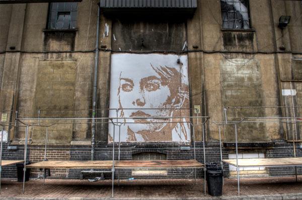 Streetart: Fassadenkratzgesichter Alexandre_Farto_08