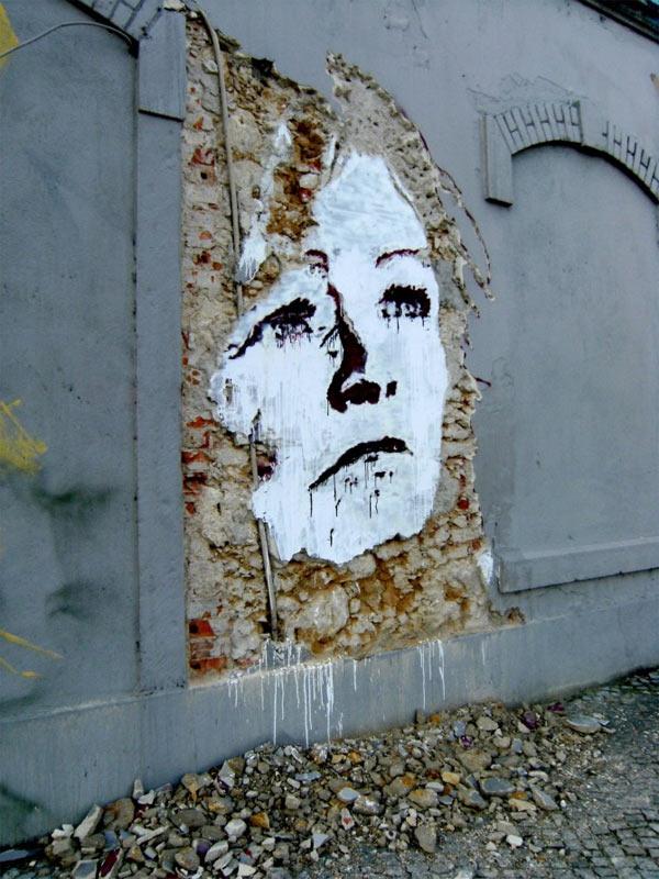 Streetart: Fassadenkratzgesichter Alexandre_Farto_15