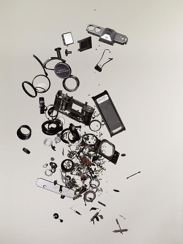 Explodierende Technik-Innereien Disassembly_01