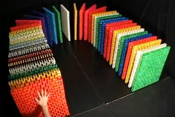Dominosteine aus Dominosteinen Dominiodominos
