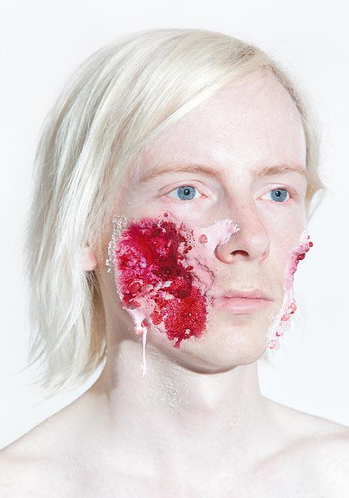 Lecker Splatter: Gesichter mit Süßigkeitswunden Faces_07