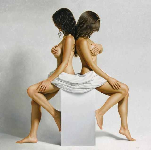 Omar Ortiz hyper-realistic nude paintings