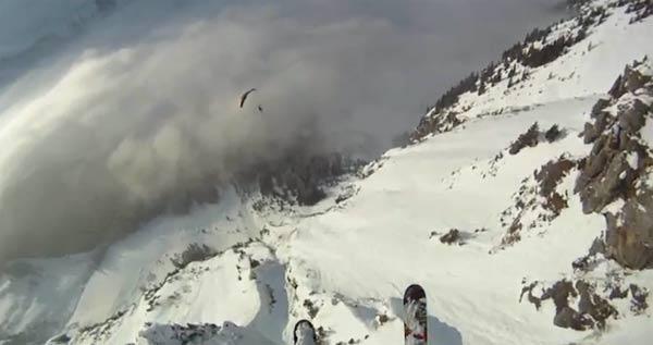 Mit den Skiern durch die Schweiz fliegen Speedflying_in_wengen