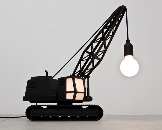 Kran- und Abrissbirnenlampe WreckingBallLampCraneLampStudioJob4