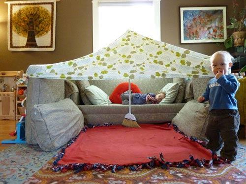 Architektonische Betrachtung von Sofa-Forts sofaforts