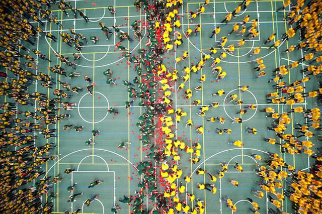 Weltgrößtes Brennballspiel weltrekord_brennball_2012_03