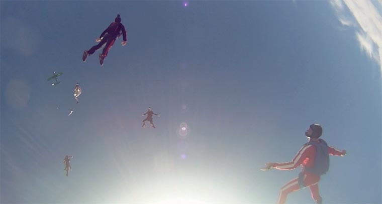 Fallschirmspringen in Superslowmotion fallschirmspringenslowmotion