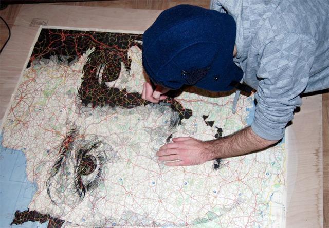 Portraits auf Landkarten gemalt maps-5