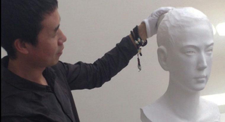 Li Hongbo zeigt uns die abgefahrenste Papierskulptur des Tages lihongboskulptur
