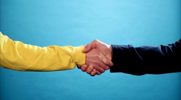Die zahlreichen Arten von Handshakes