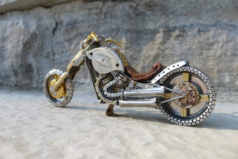 Motorräder aus Uhrenteilen