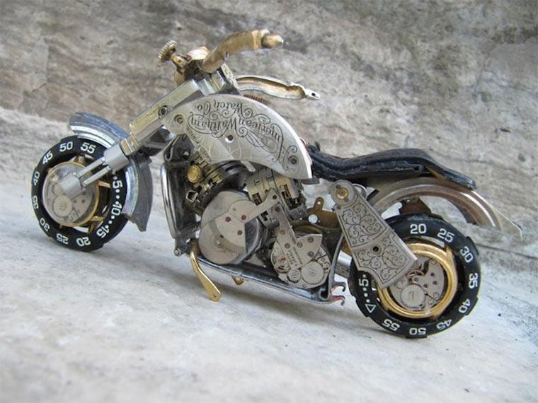 Motorräder aus Uhrenteilen Dan_Tanenbaum_03