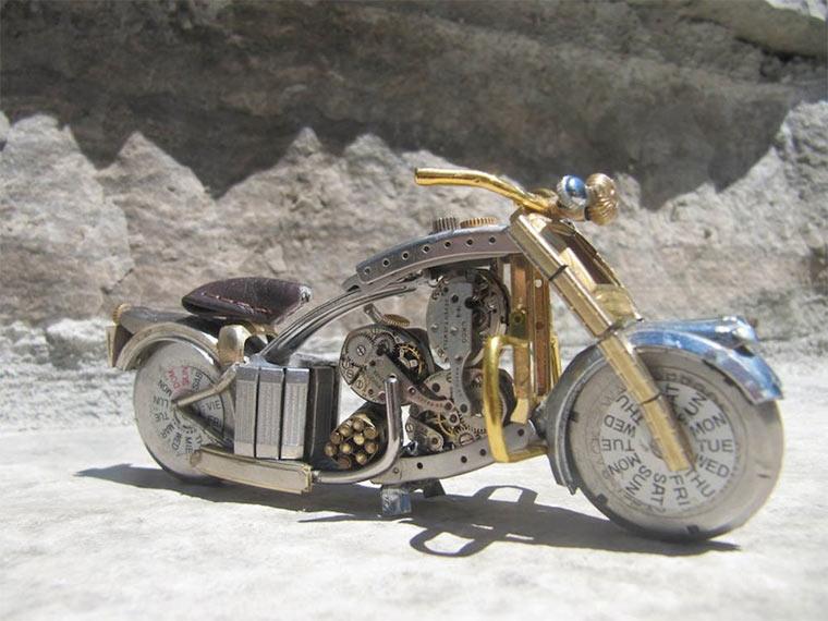 Motorräder aus Uhrenteilen Dan_Tanenbaum_05
