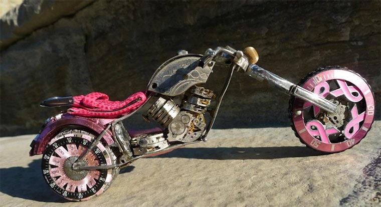 Motorräder aus Uhrenteilen Dan_Tanenbaum_06