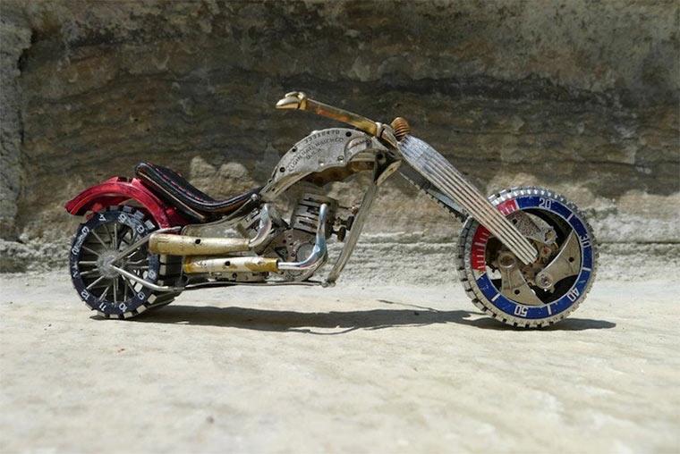 Motorräder aus Uhrenteilen Dan_Tanenbaum_07
