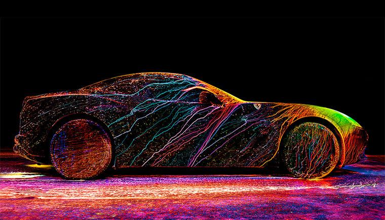Farbenfroher Ferrari California T